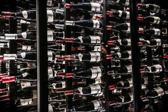ワインの保管は自宅以外に預けるのが楽!レンタルセラー利用のススメ